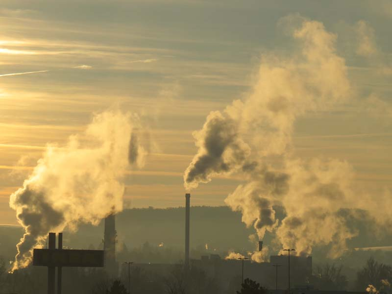 industry_smoke_chimney_800